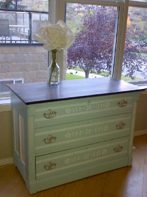 Vintage three drawer dresser